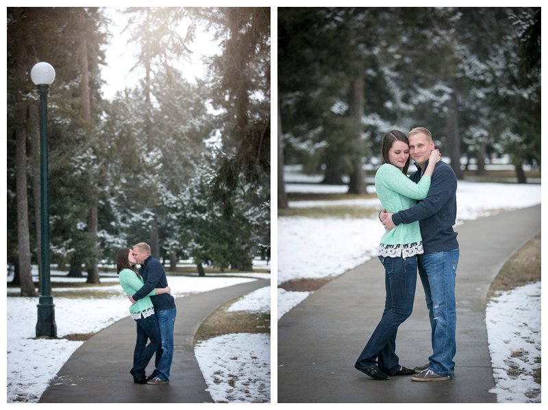engagement session kiss winter