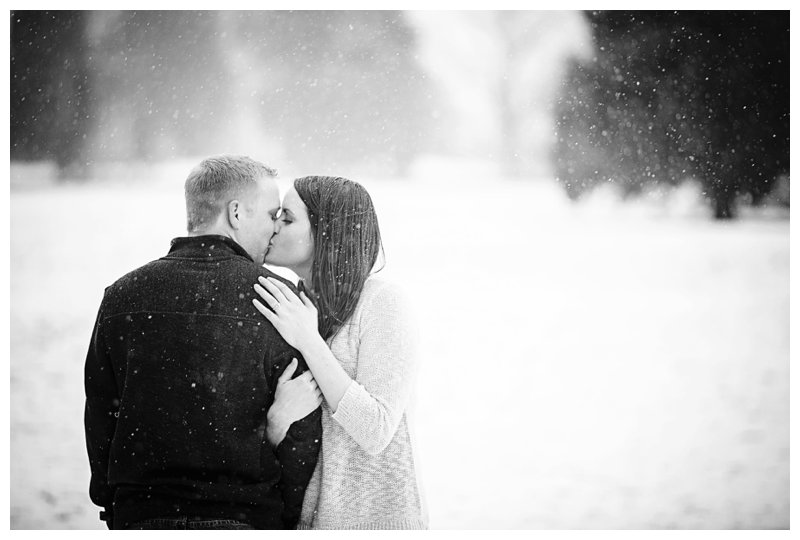 kiss engagement winter snow